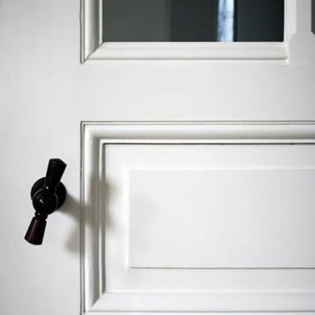 боя-за-дървени-врати