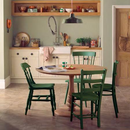 боя-за-дървени-столове2