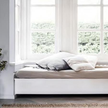 боя-за-дървено-легло