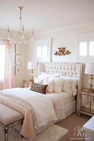 Бонбонена спалня